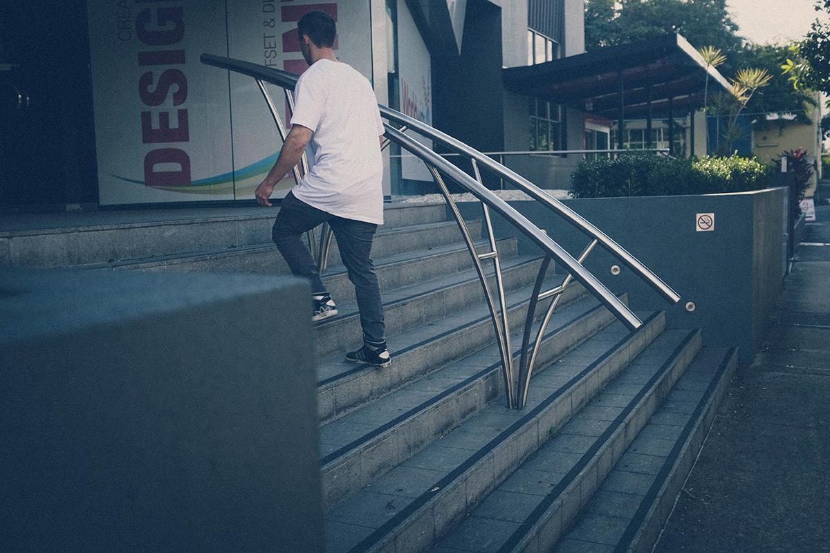 anton-curved-rail--_LR